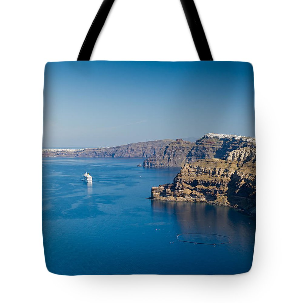 Fira Tote Bag featuring the photograph Santorini Caldera by Gary Eason