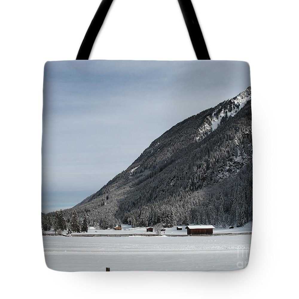 Snow Tote Bag featuring the photograph Snowy Meadow by Christiane Schulze Art And Photography