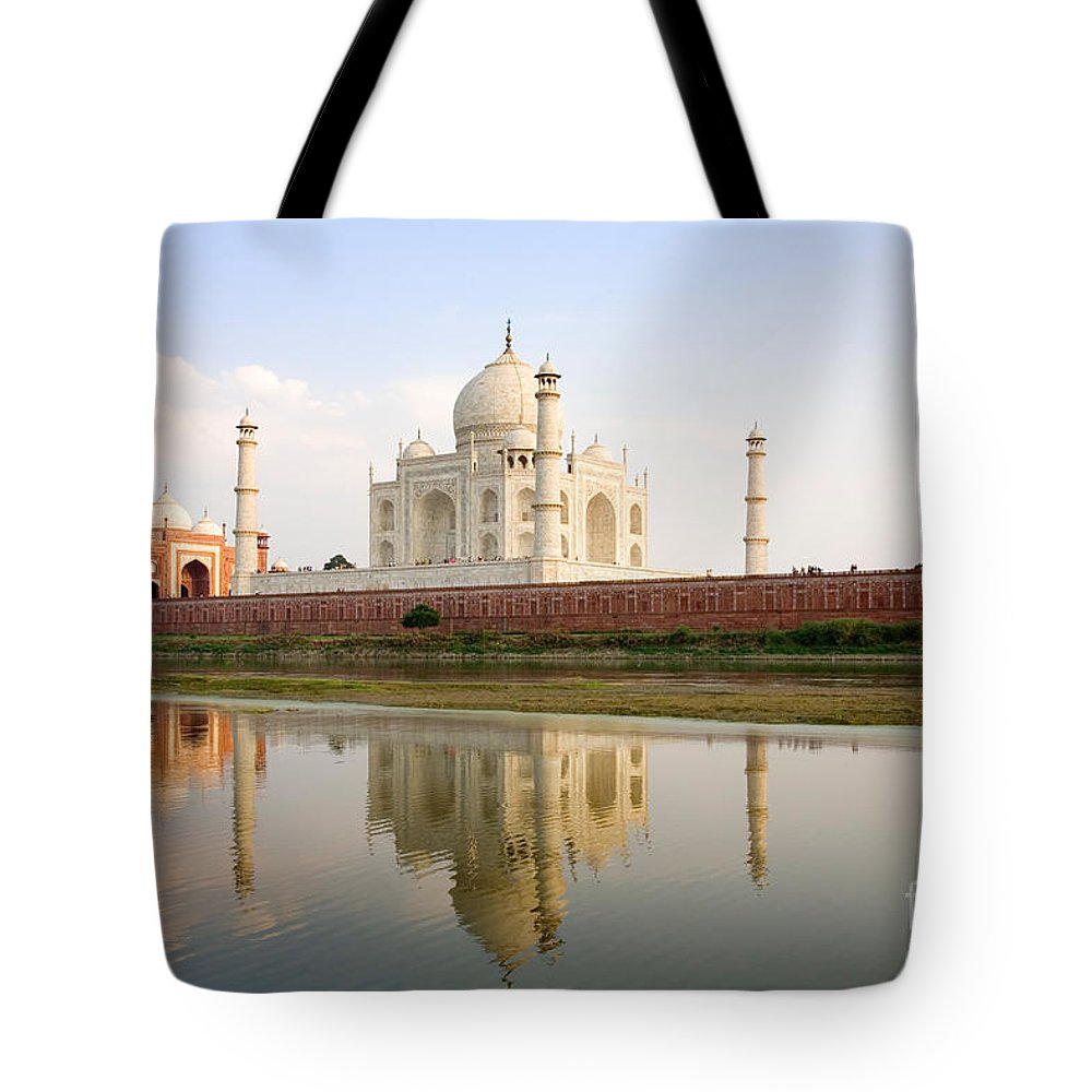 Landscape Tote Bag featuring the photograph Taj Mahal by David Davis