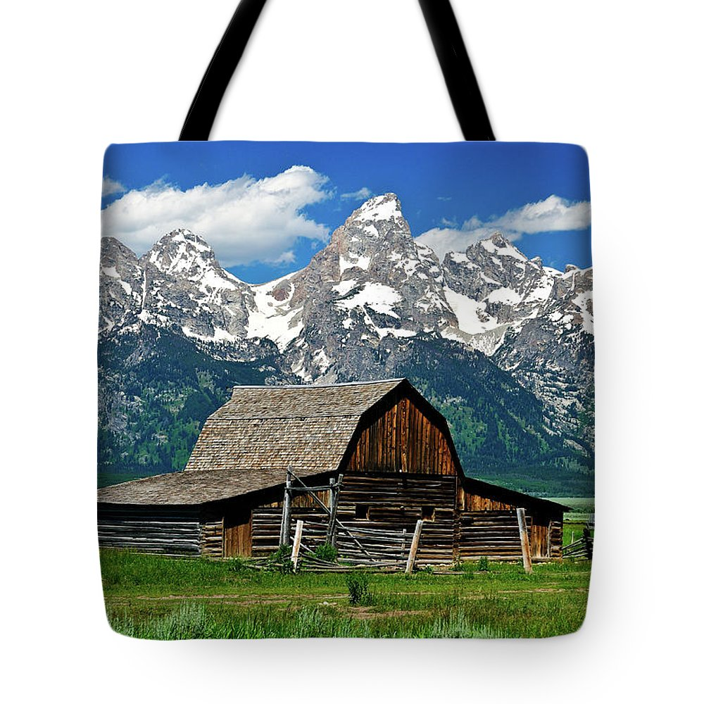 Grand Teton National Park Tote Bag featuring the photograph Teton Barn by Greg Norrell