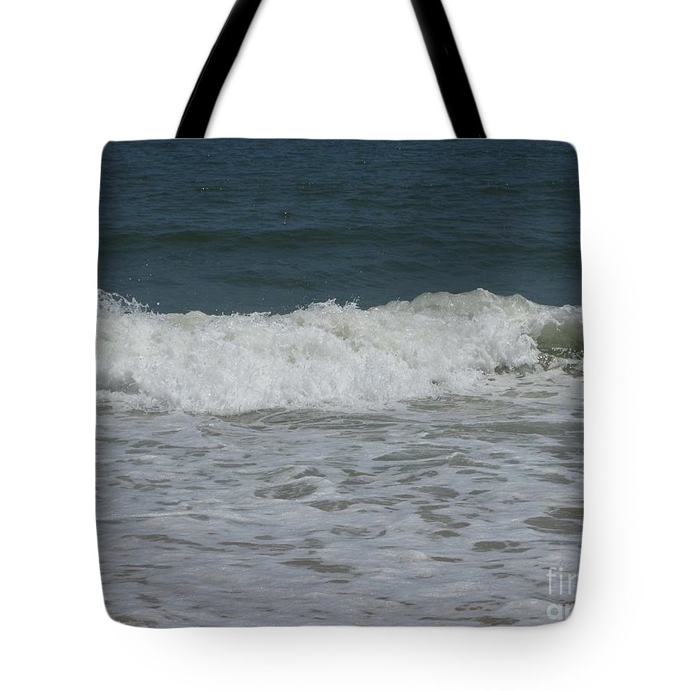 Seascape Tote Bag featuring the photograph The Wave by Arlene Carmel