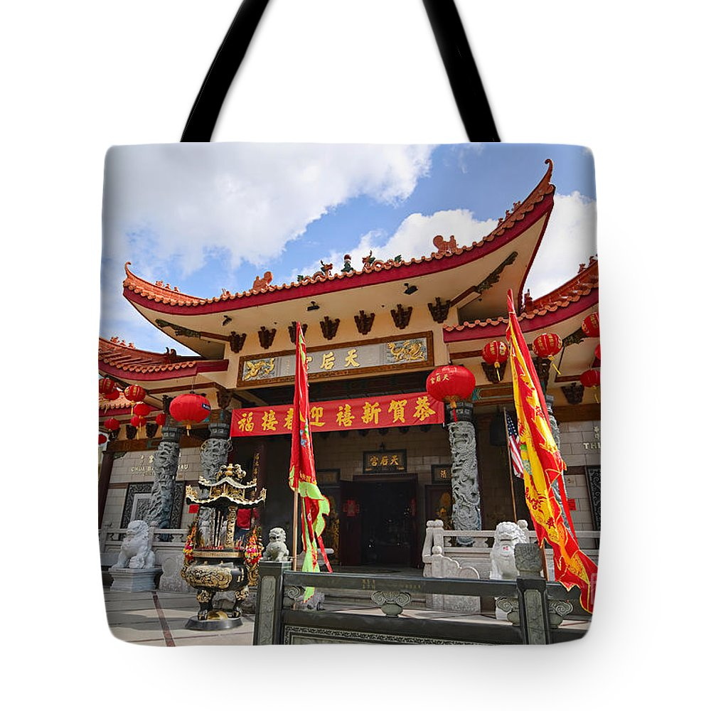 Taoist Tote Bag featuring the photograph Thien Hau Temple A Taoist Temple In Chinatown Of Los Angeles. by Jamie Pham