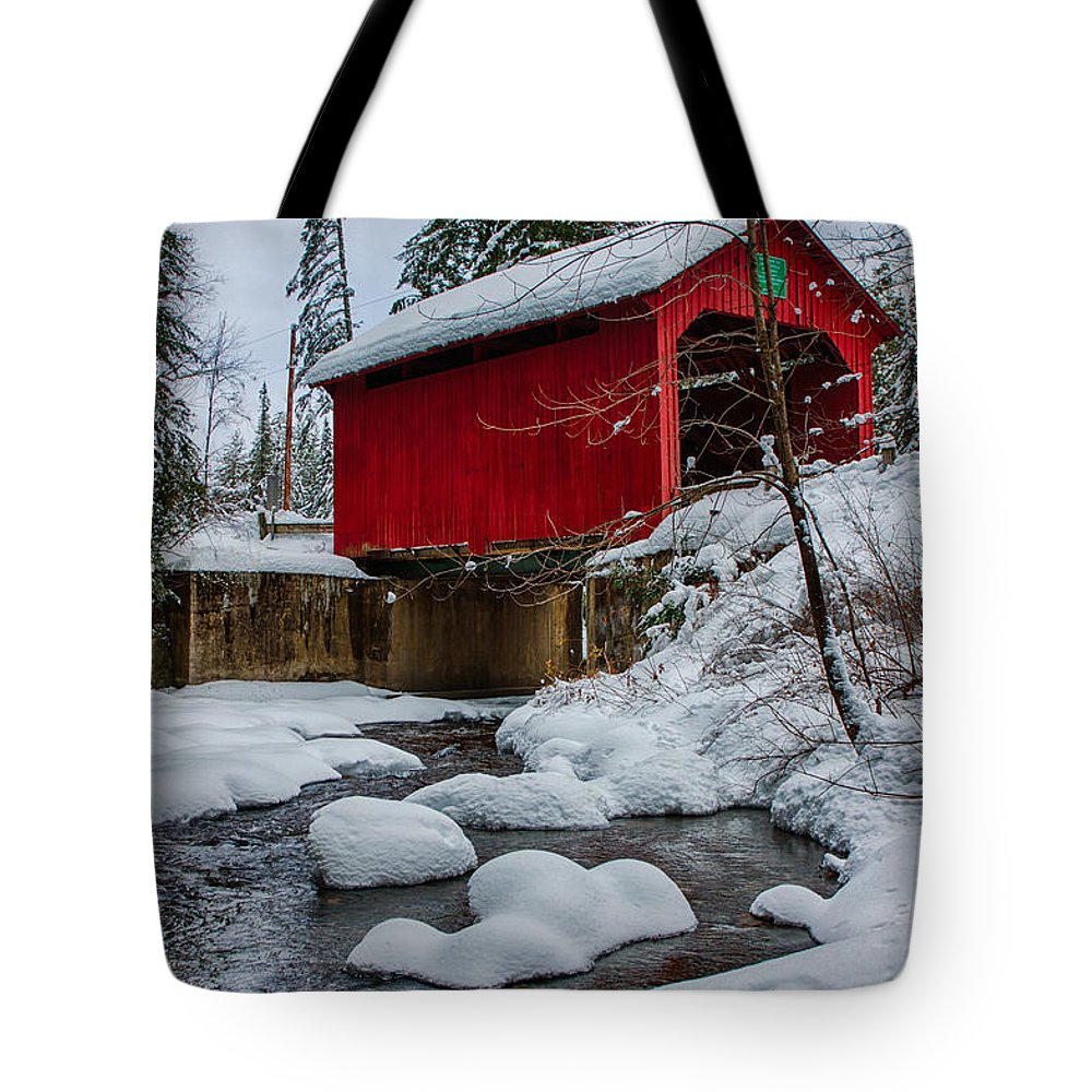 Covered Bridge Tote Bag featuring the photograph Vermonts Moseley Covered Bridge by Jeff Folger