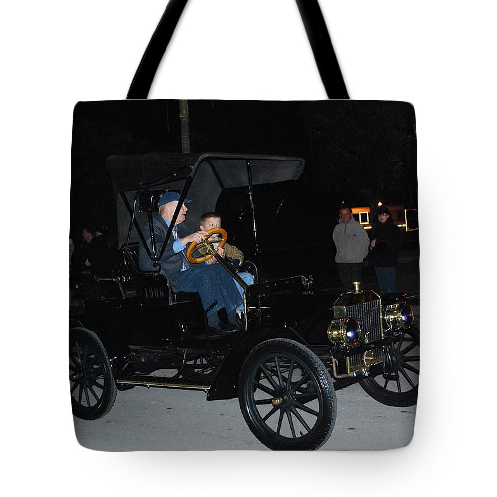 Edison Parade Of Lights Tote Bag featuring the photograph Antique Car by Robert Floyd