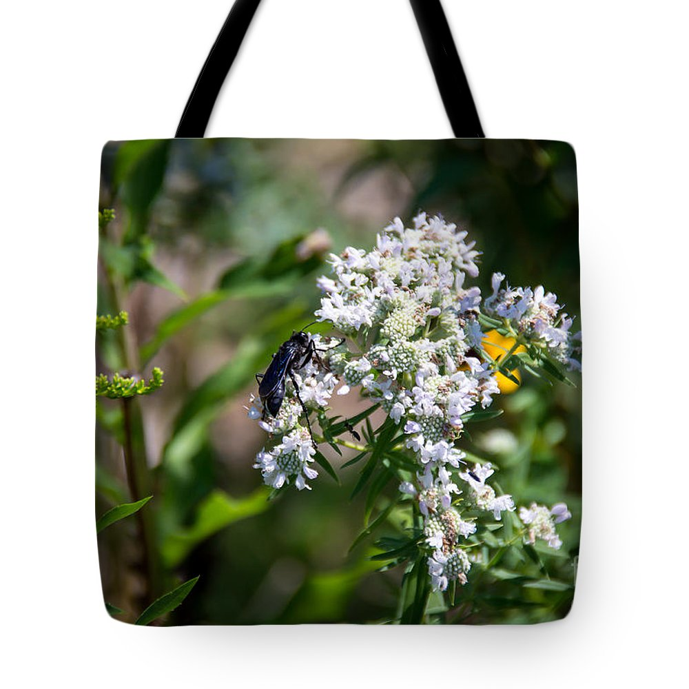 South Dakota Tote Bag featuring the photograph 21826 by M Dale