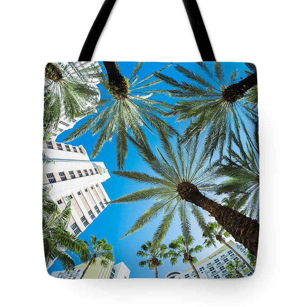 Architecture Tote Bag featuring the photograph Miami Beach by Raul Rodriguez