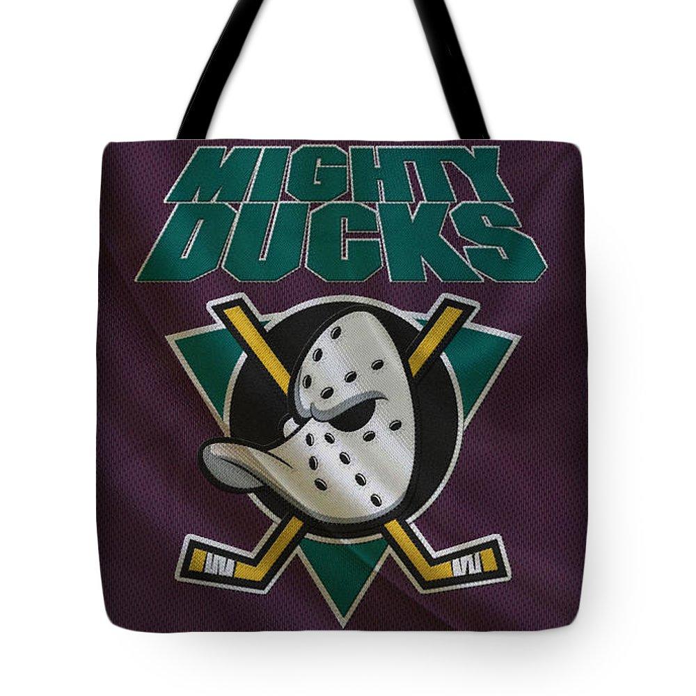 Ducks Tote Bag featuring the photograph Anaheim Ducks by Joe Hamilton