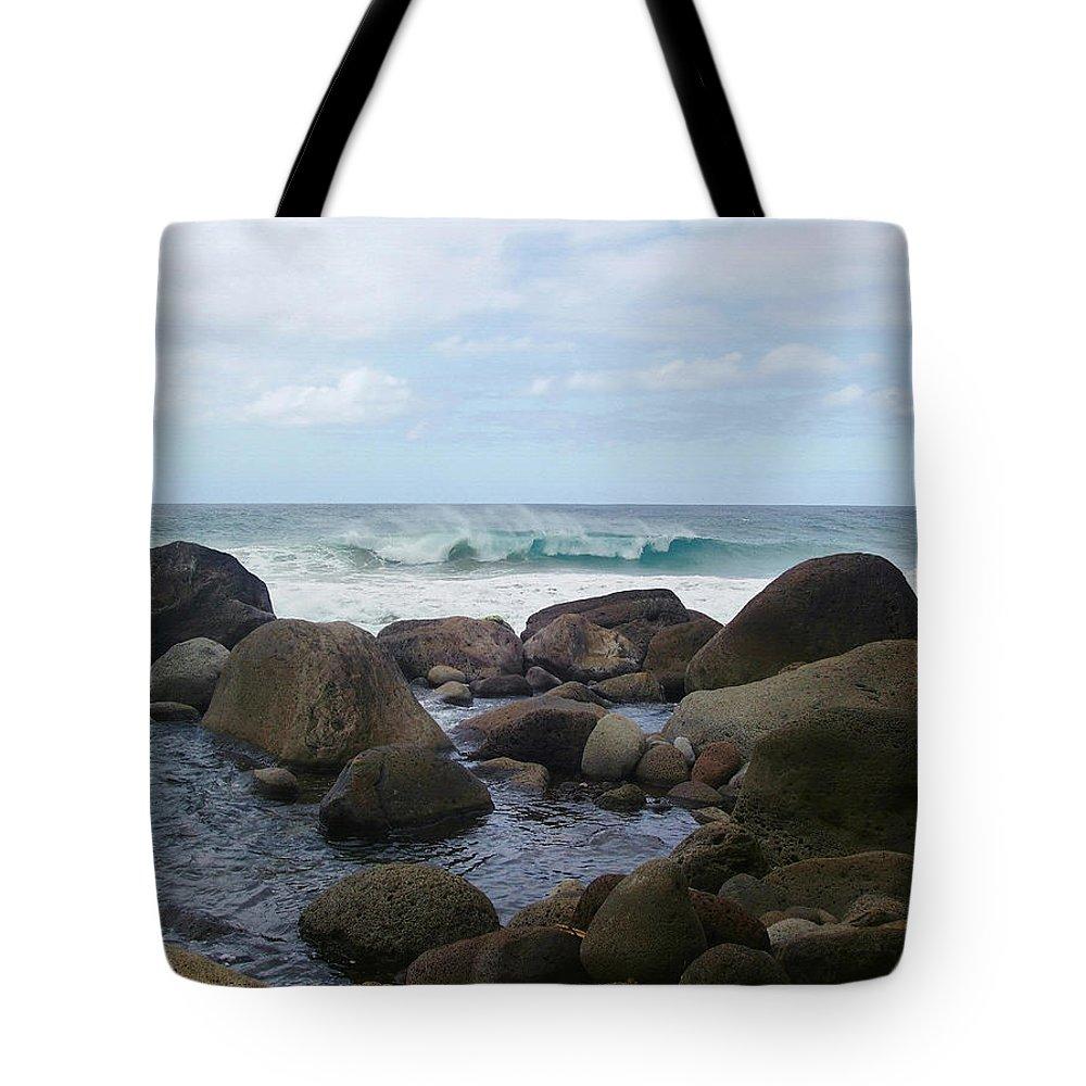 Hanakapi Ai Beach Tote Bag featuring the photograph Hanakapi Ai Beach by Ellen Henneke