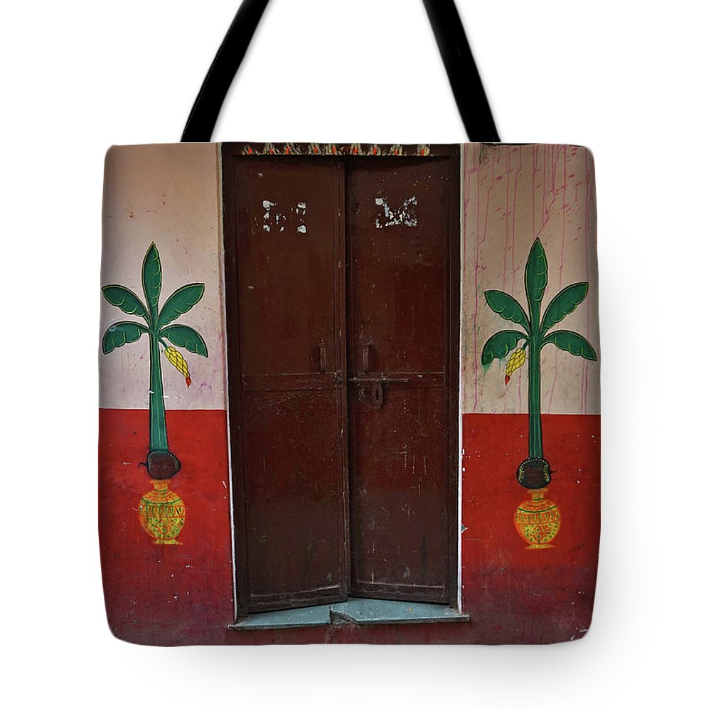 Description Tote Bag featuring the photograph Old Doors India, Varanasi by Stereostok
