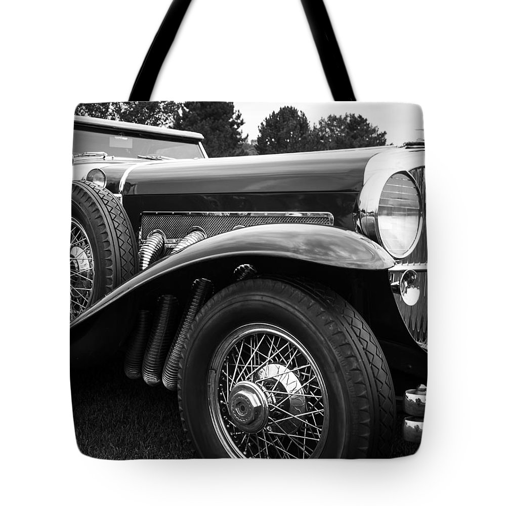 Antique Tote Bag featuring the photograph 1932 Duesenburg by Jack R Perry