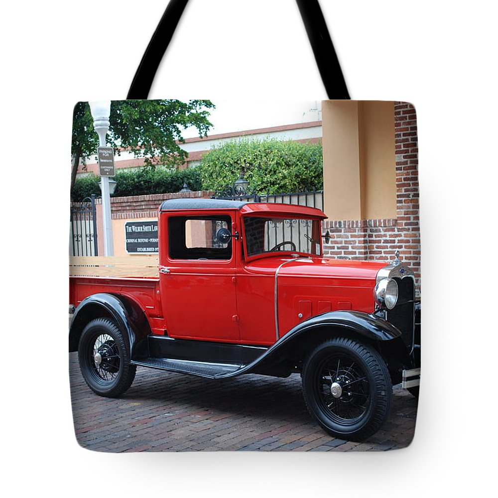 Downtown Ft.myers Tote Bag featuring the photograph Antique Truck by Robert Floyd