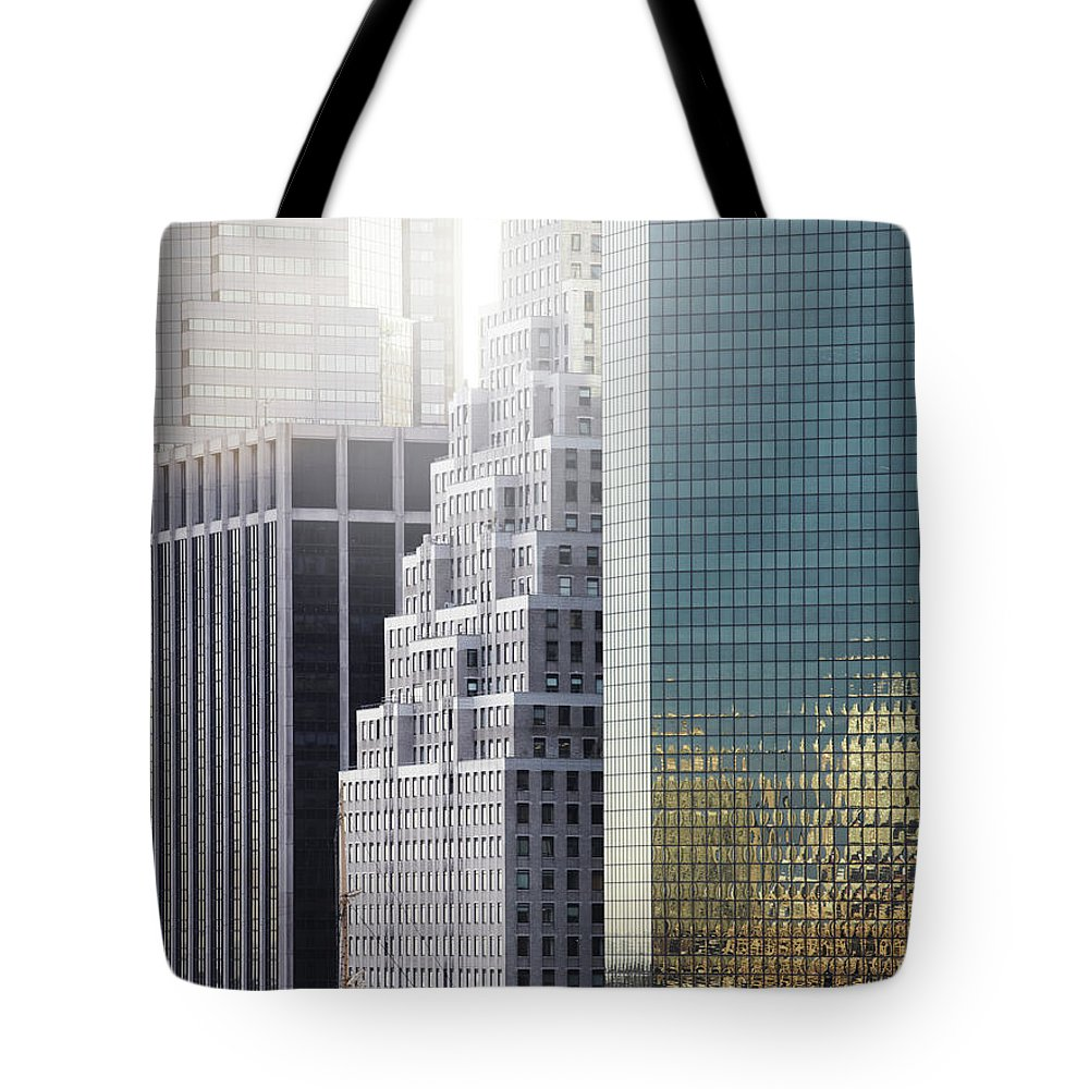 Tranquility Tote Bag featuring the photograph New York by Henrik Sorensen