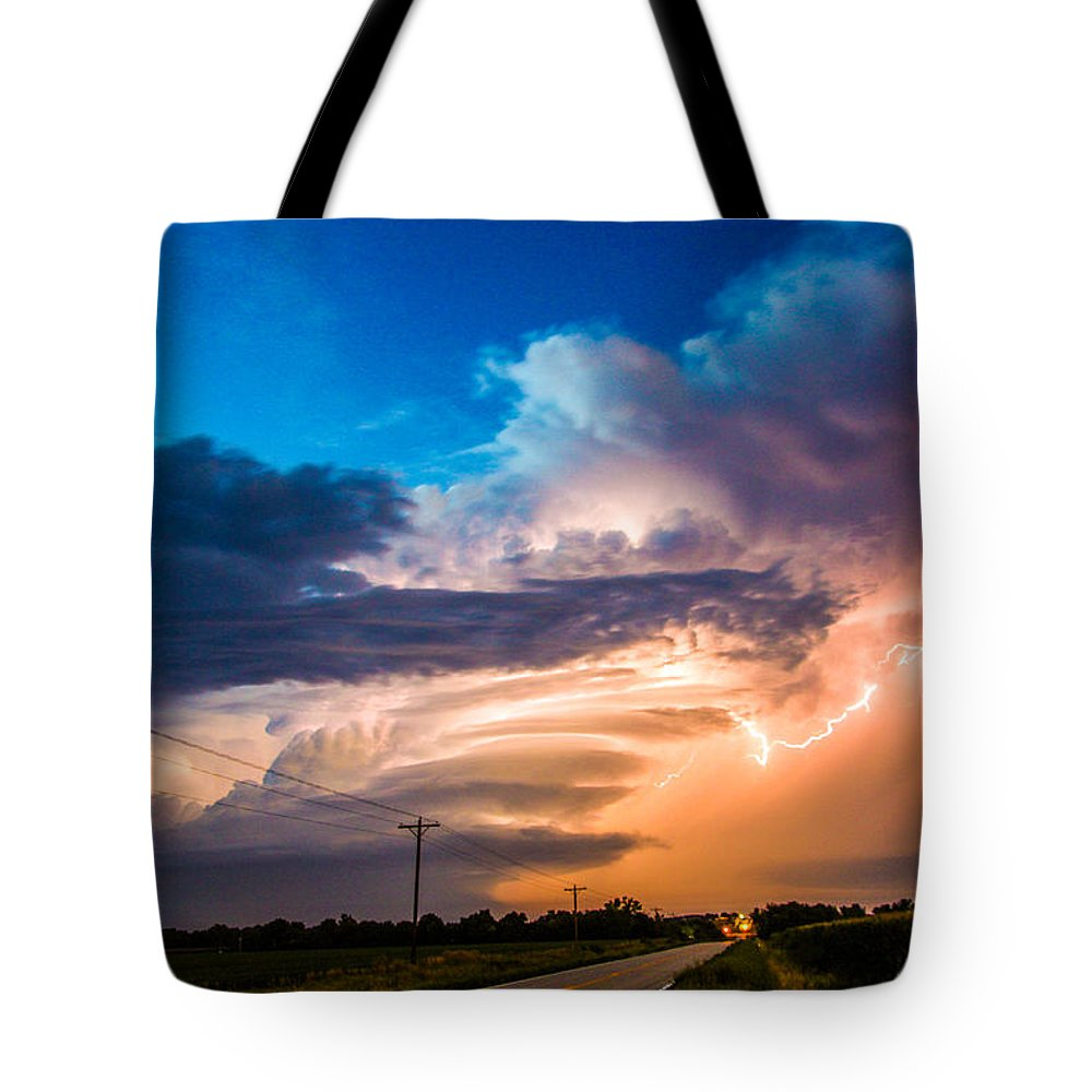 Stormscape Tote Bag featuring the photograph Wicked Good Nebraska Supercell by NebraskaSC