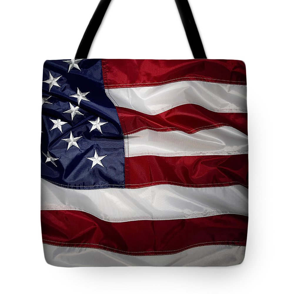 American Flag Tote Bag featuring the photograph American Flag 52 by Les Cunliffe
