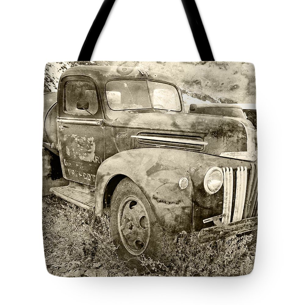 Automotive Tote Bag featuring the photograph Old Truck by Paul Fell