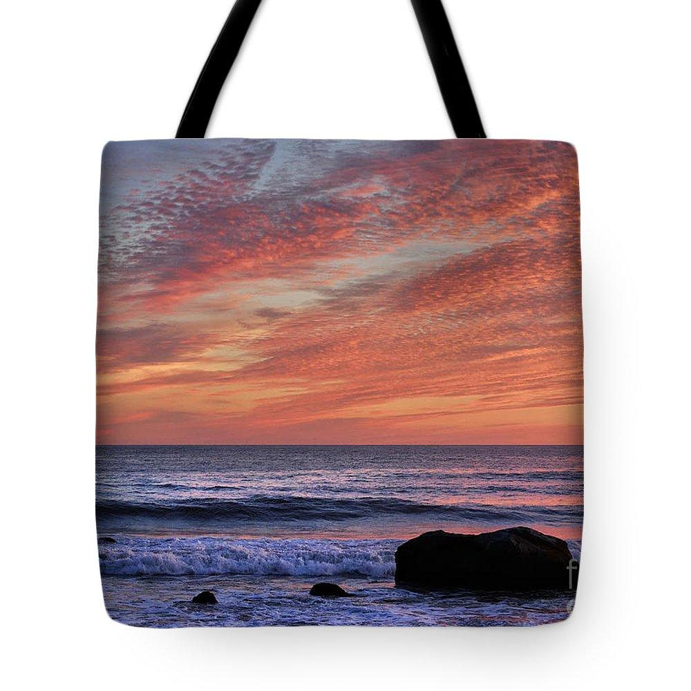 Aquinnah Tote Bag featuring the photograph Ocean Sunrise by John Greim