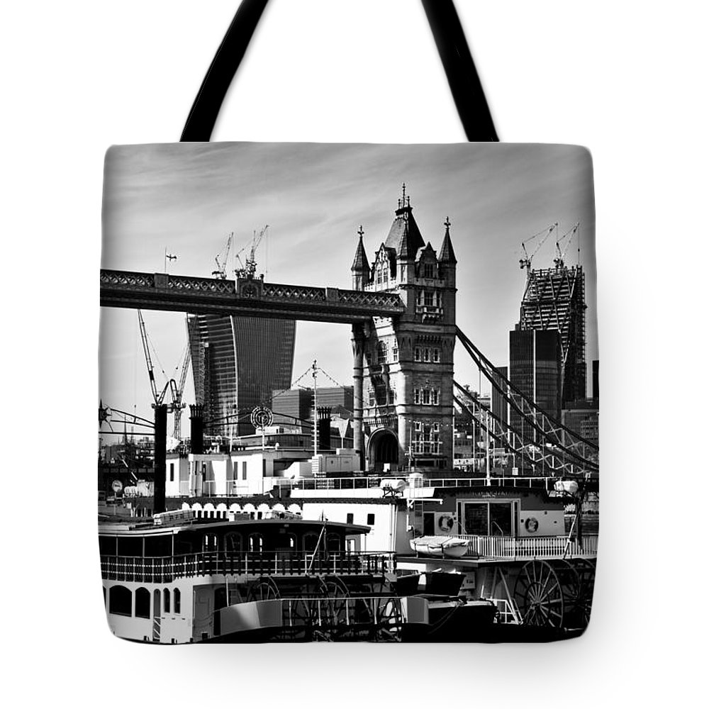 Paddle Steamers Tote Bag featuring the photograph River Thames View by David Pyatt