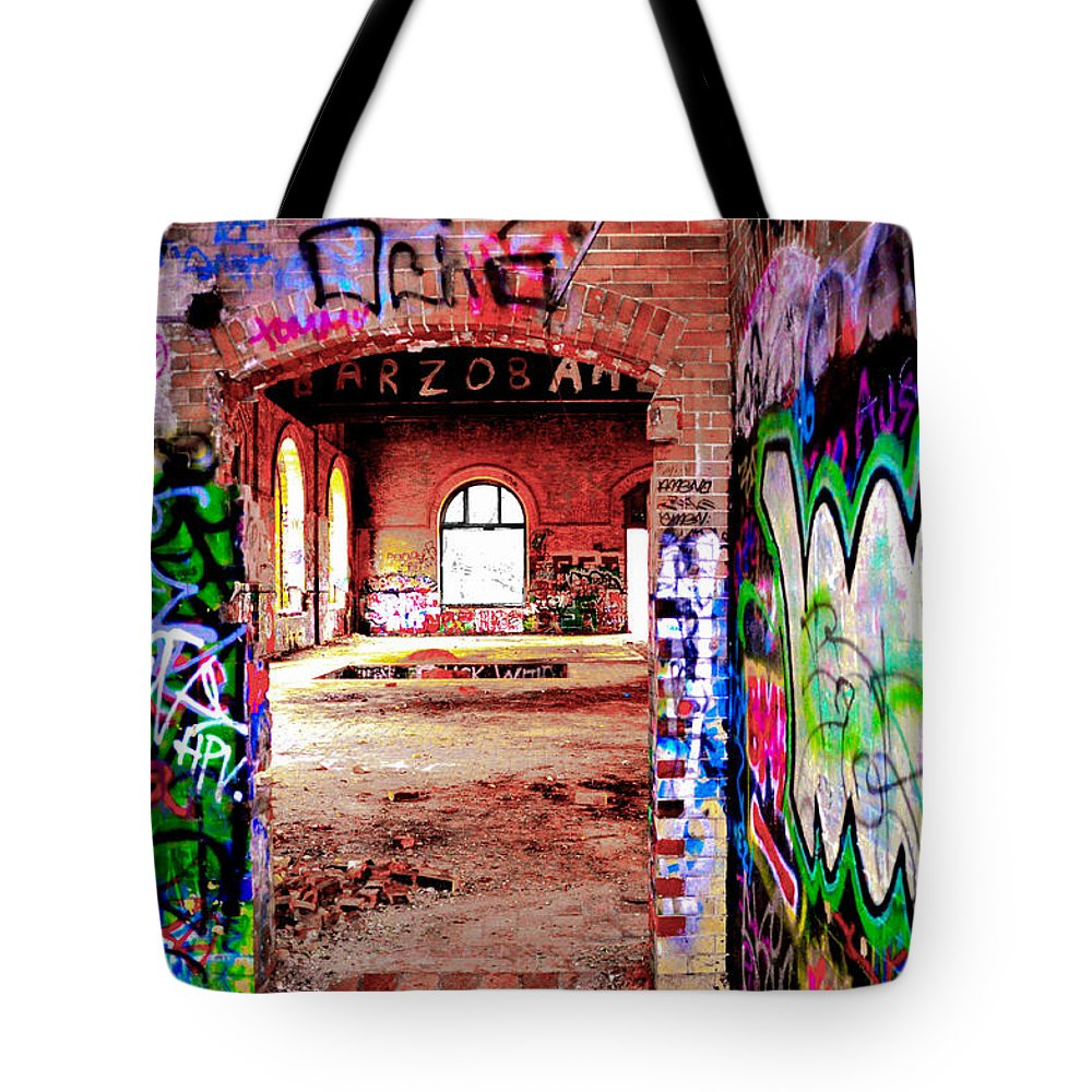 Fixer Tote Bag featuring the photograph A Fixer Upper by Bill Cannon