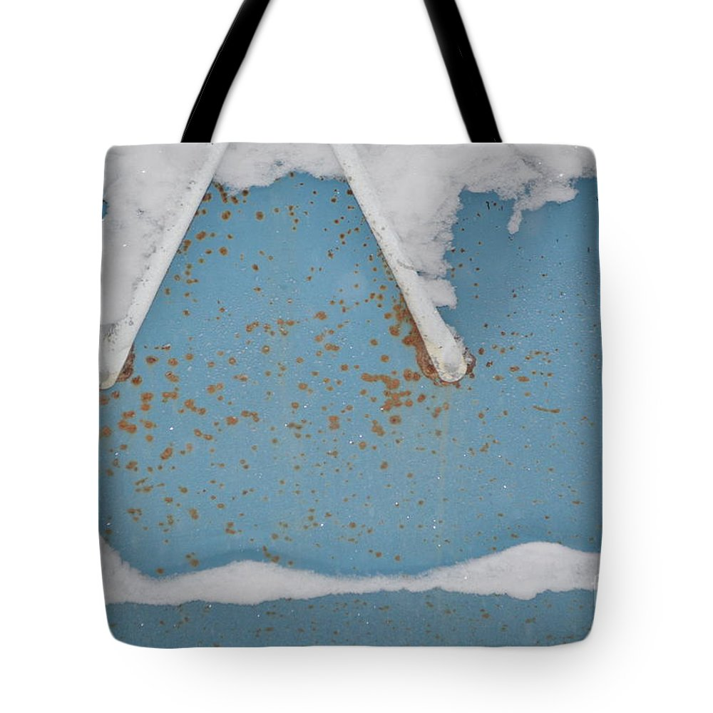 A Frame Tote Bag featuring the photograph A Frame In The Mountains by Brian Boyle