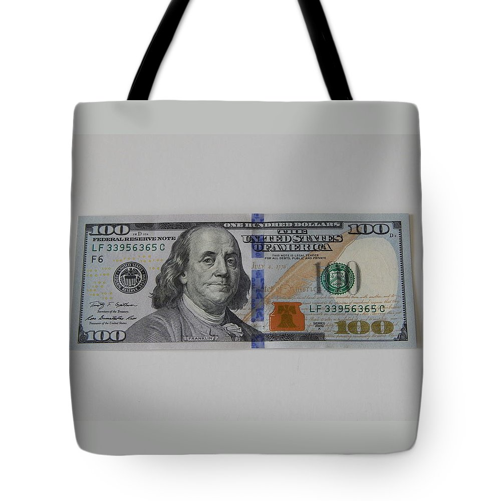 $100 Dollar Bill Tote Bag featuring the photograph A New Franklin by Terry Baker