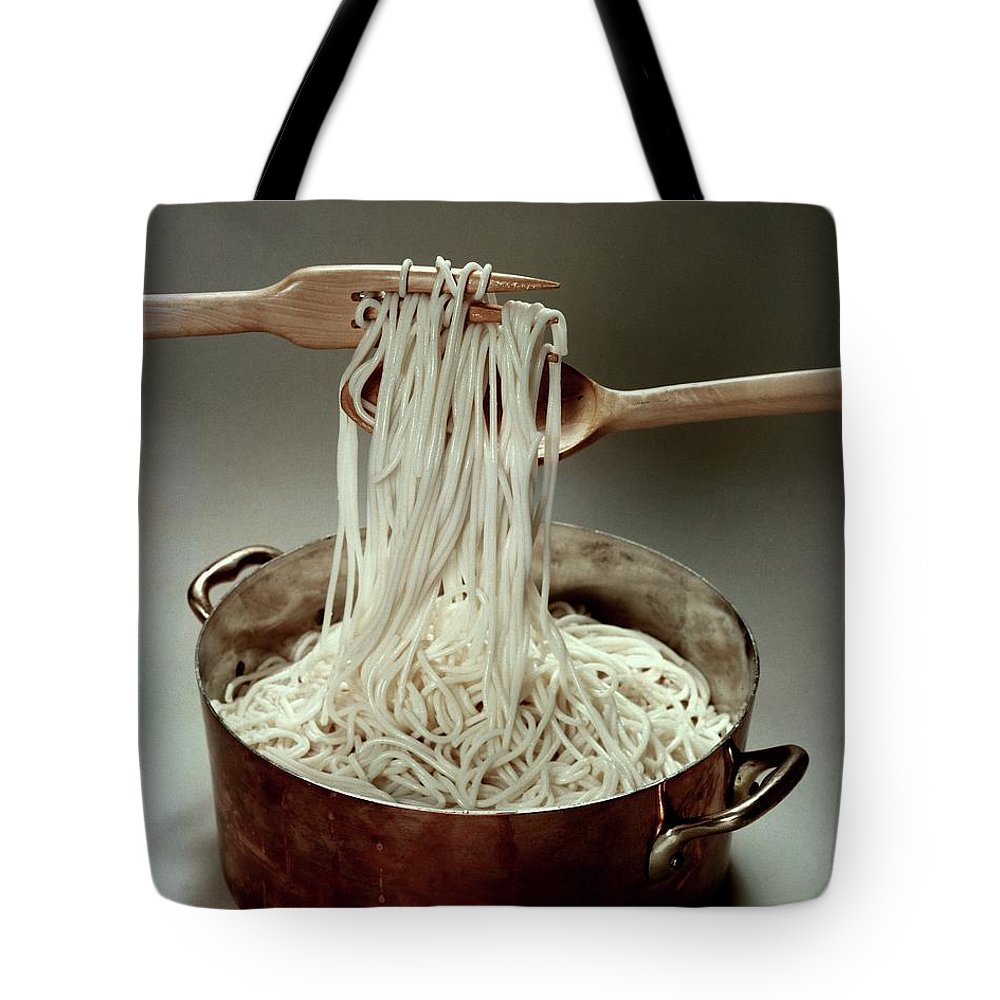 Food Tote Bag featuring the photograph A Pot Of Spaghetti by John Stewart