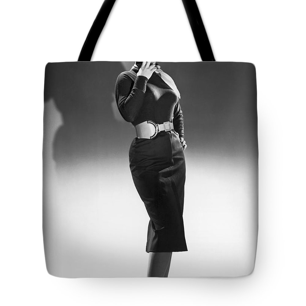 1950's Tote Bag featuring the photograph A Seductive Woman by Underwood Archives