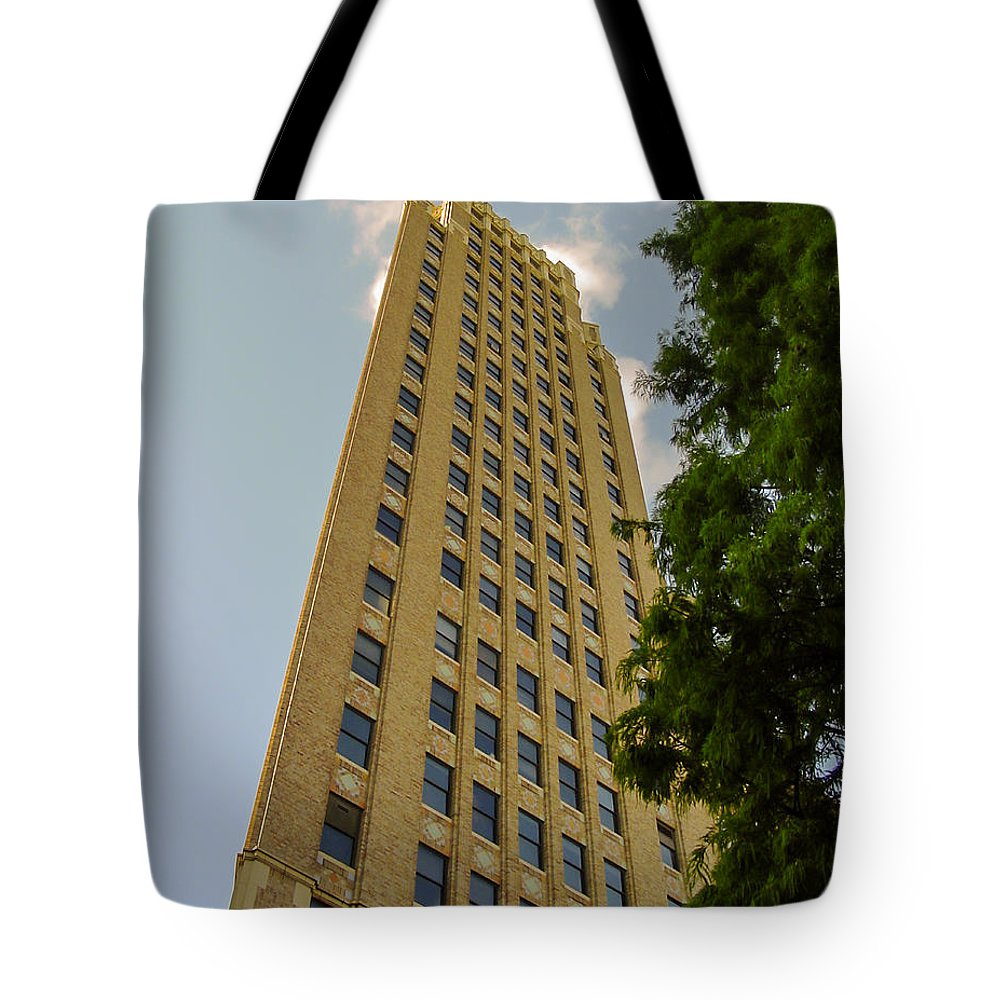San Antonio Tote Bag featuring the photograph A Very Tall Wall? by Allen Sheffield