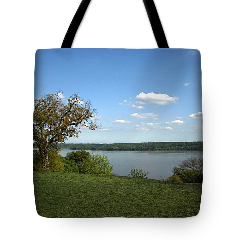 George Tote Bag featuring the photograph A View From Mount Vernon by Cora Wandel