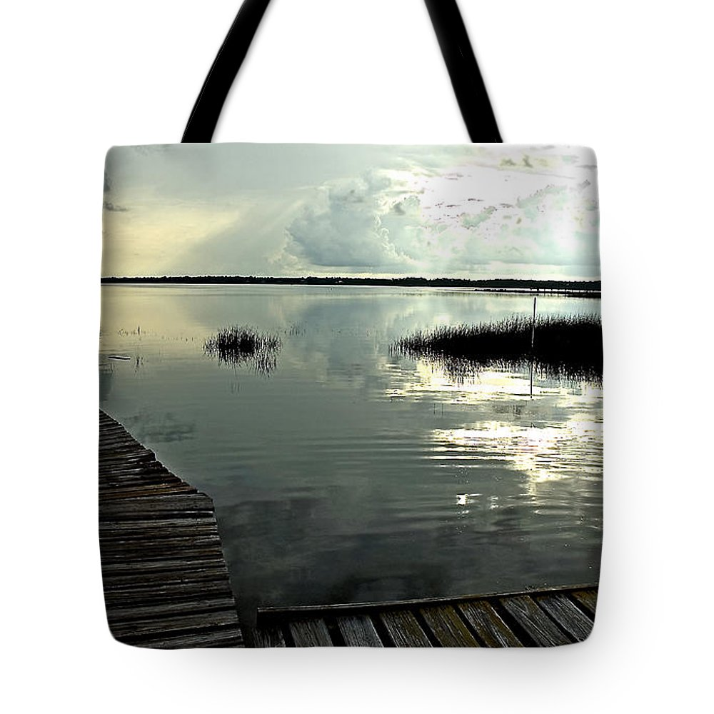 Seascape Tote Bag featuring the photograph A Walk Into The Closing Day by Norman Johnson
