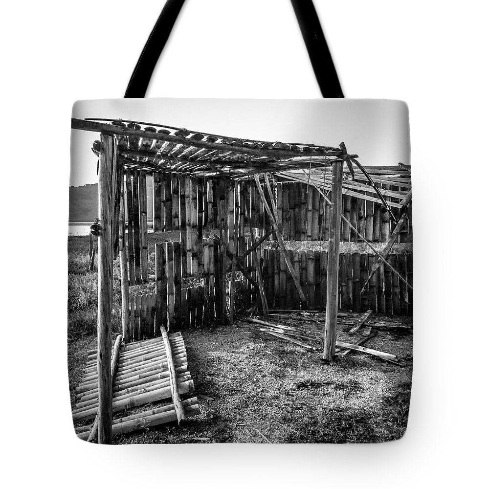 Abandoned Tote Bag featuring the photograph Abandoned Bird Observatory-bw by Fabio Giannini