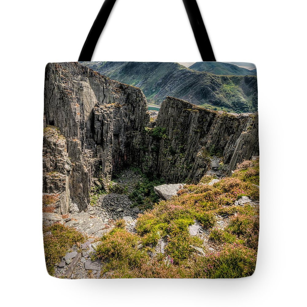 Dinorwic Tote Bag featuring the photograph Abandoned Quarry by Adrian Evans