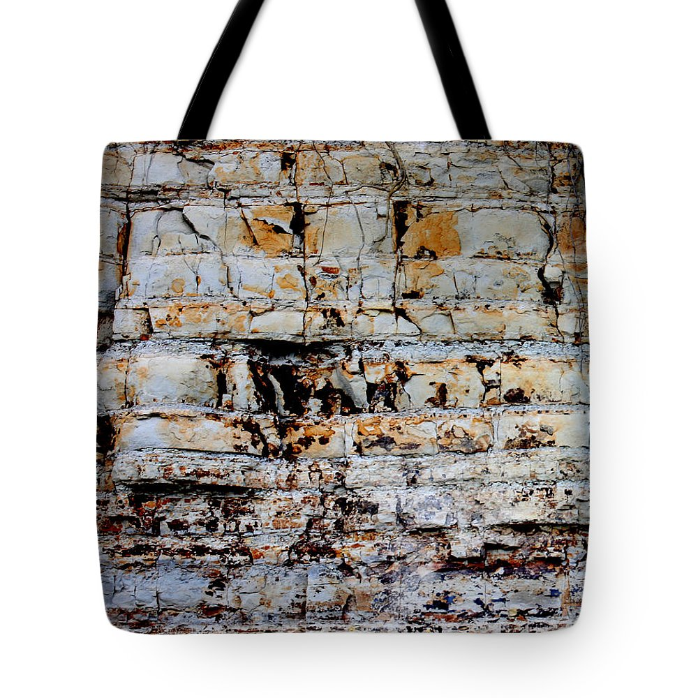 Abstract Tote Bag featuring the photograph Abstract 01c by Gee Lyon