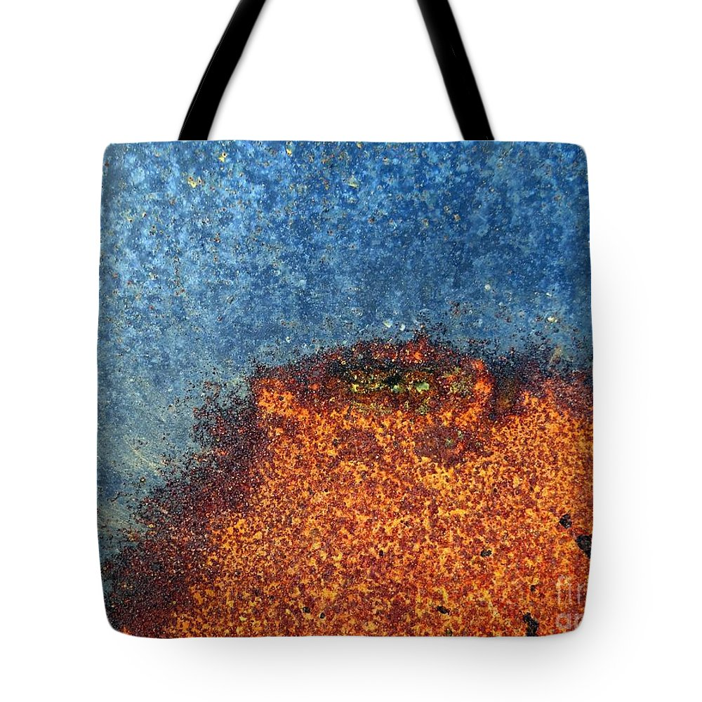 Abstract Tote Bag featuring the photograph Abstract 10 by Ed Weidman
