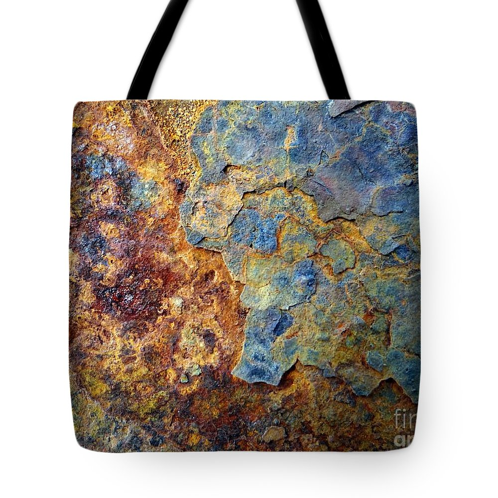 Abstract Tote Bag featuring the photograph Abstract 8 by Ed Weidman