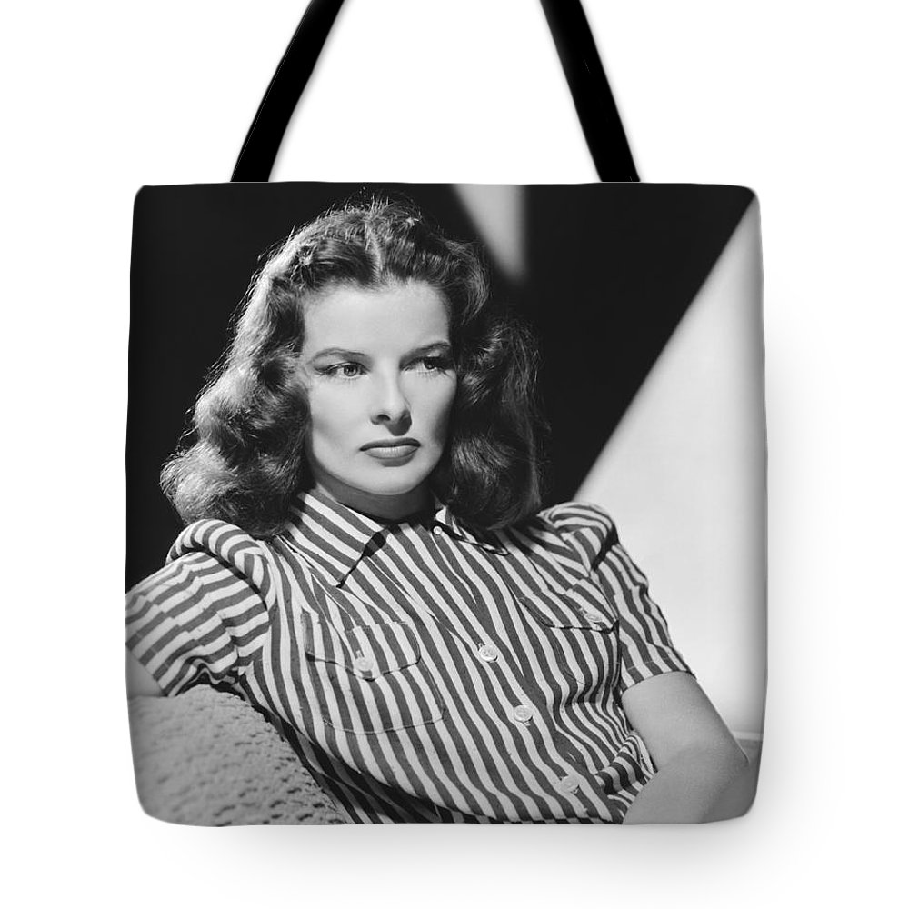 1942 Tote Bag featuring the photograph Actress Katharine Hepburn by Underwood Archives