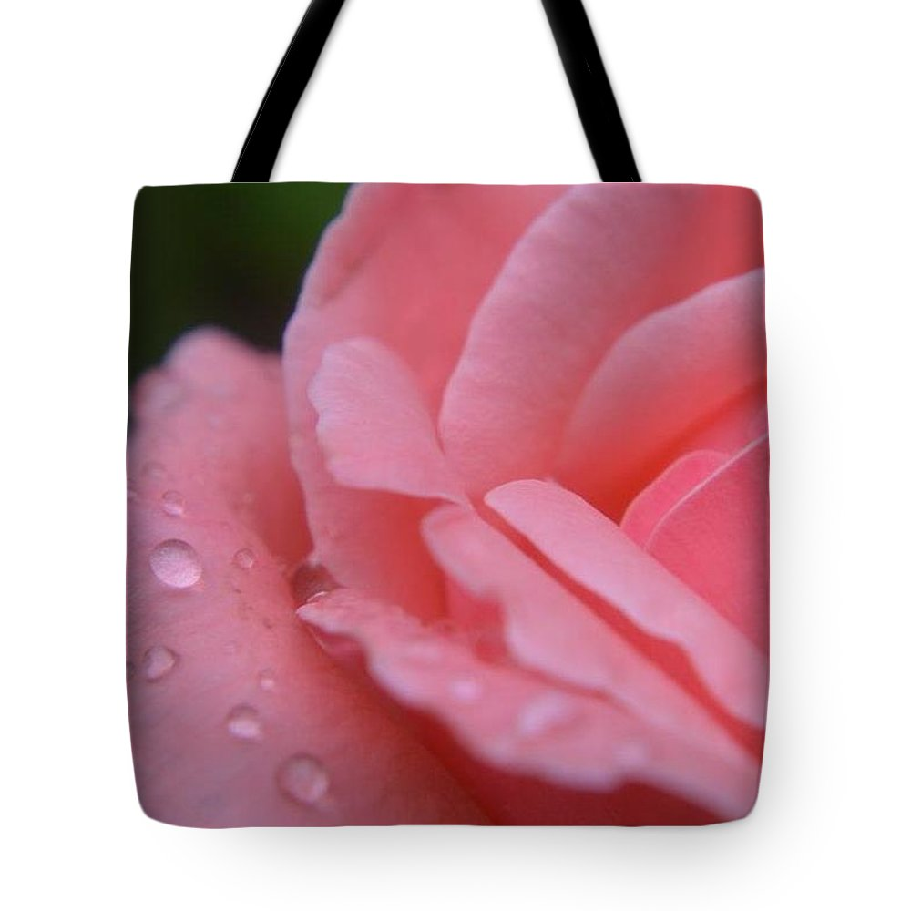 Rose Tote Bag featuring the photograph After The Rain by Susan Ayers
