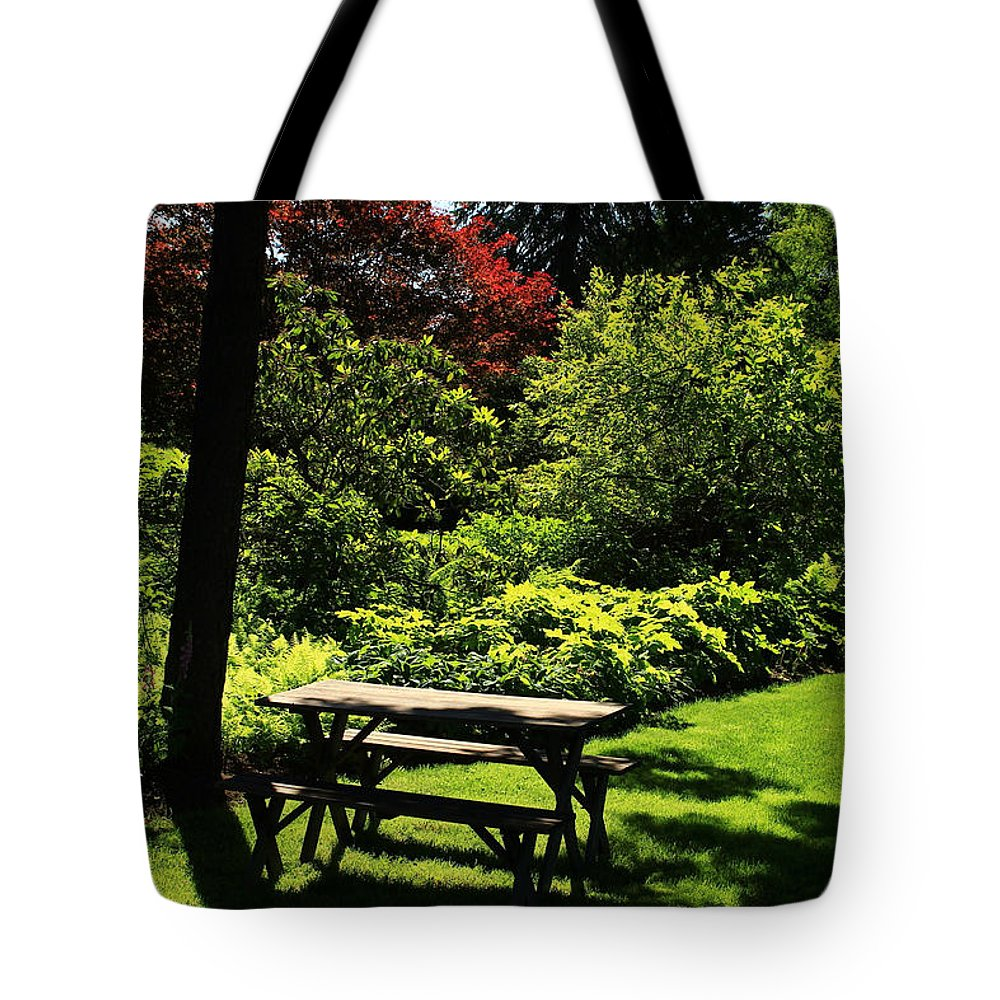 Green Lawn And Bushes Tote Bag featuring the photograph Afternoon Break by Jim Cotton