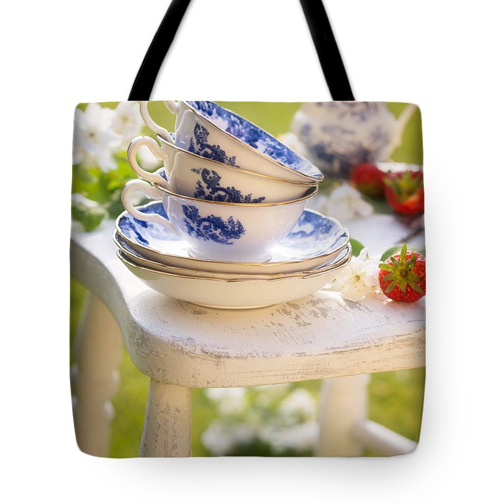Afternoon Tote Bag featuring the photograph Afternoon Tea by Amanda Elwell