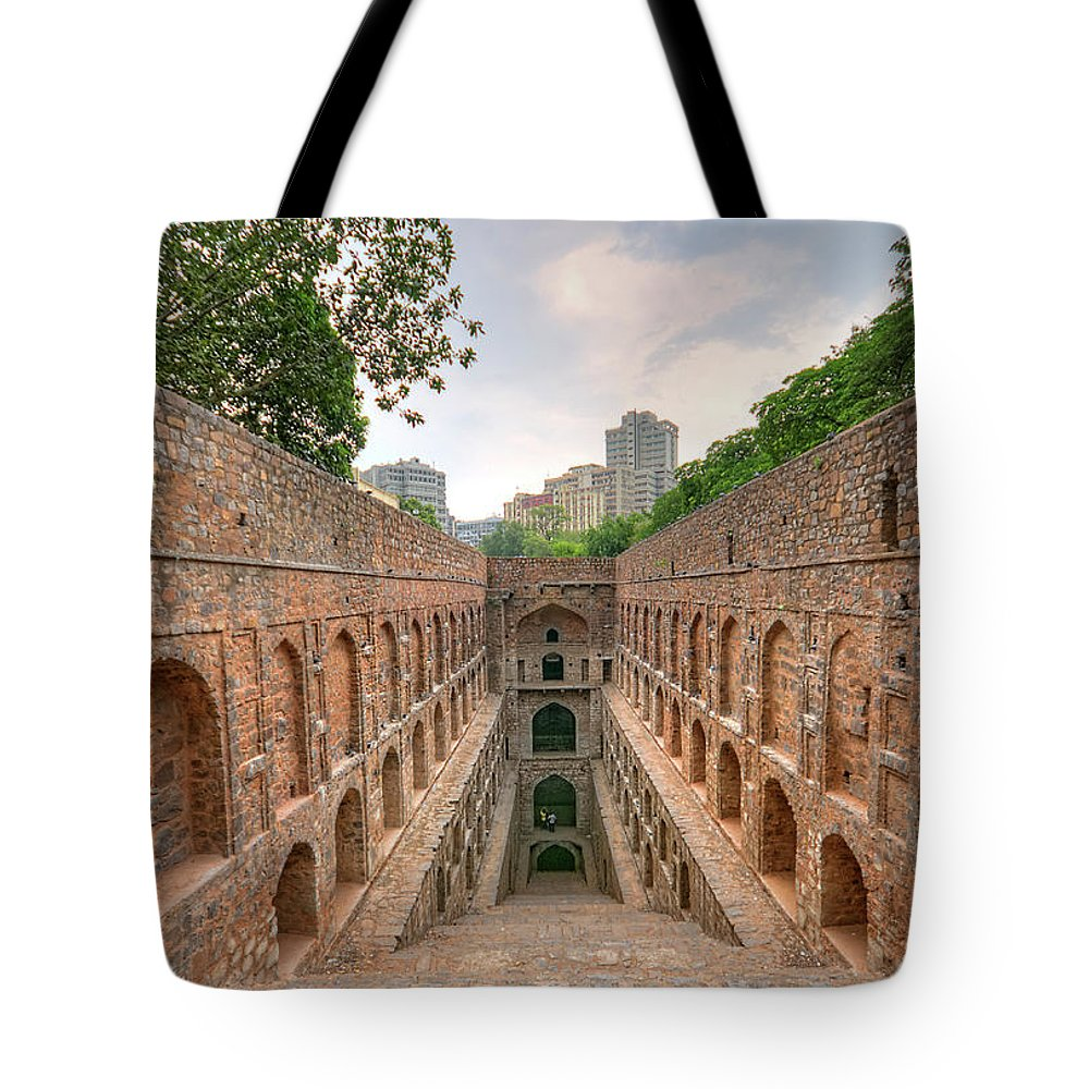 Tranquility Tote Bag featuring the photograph Agrasen Ki Baoli, New Delhi by Mukul Banerjee Photography