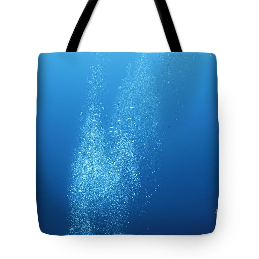 Underwater Air Bubbles Airbubbles Airbubble Bubble Water Background Tote Bag featuring the photograph Underwater Scene With Airbubbles. by Vanessa Devolder
