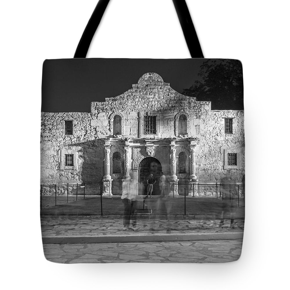 Alamo Tote Bag featuring the photograph Alamo In Texas by John McGraw