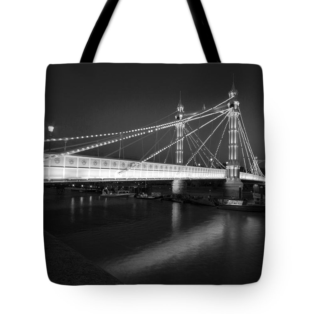 London Tote Bag featuring the photograph Albert Bridge At Night by David French