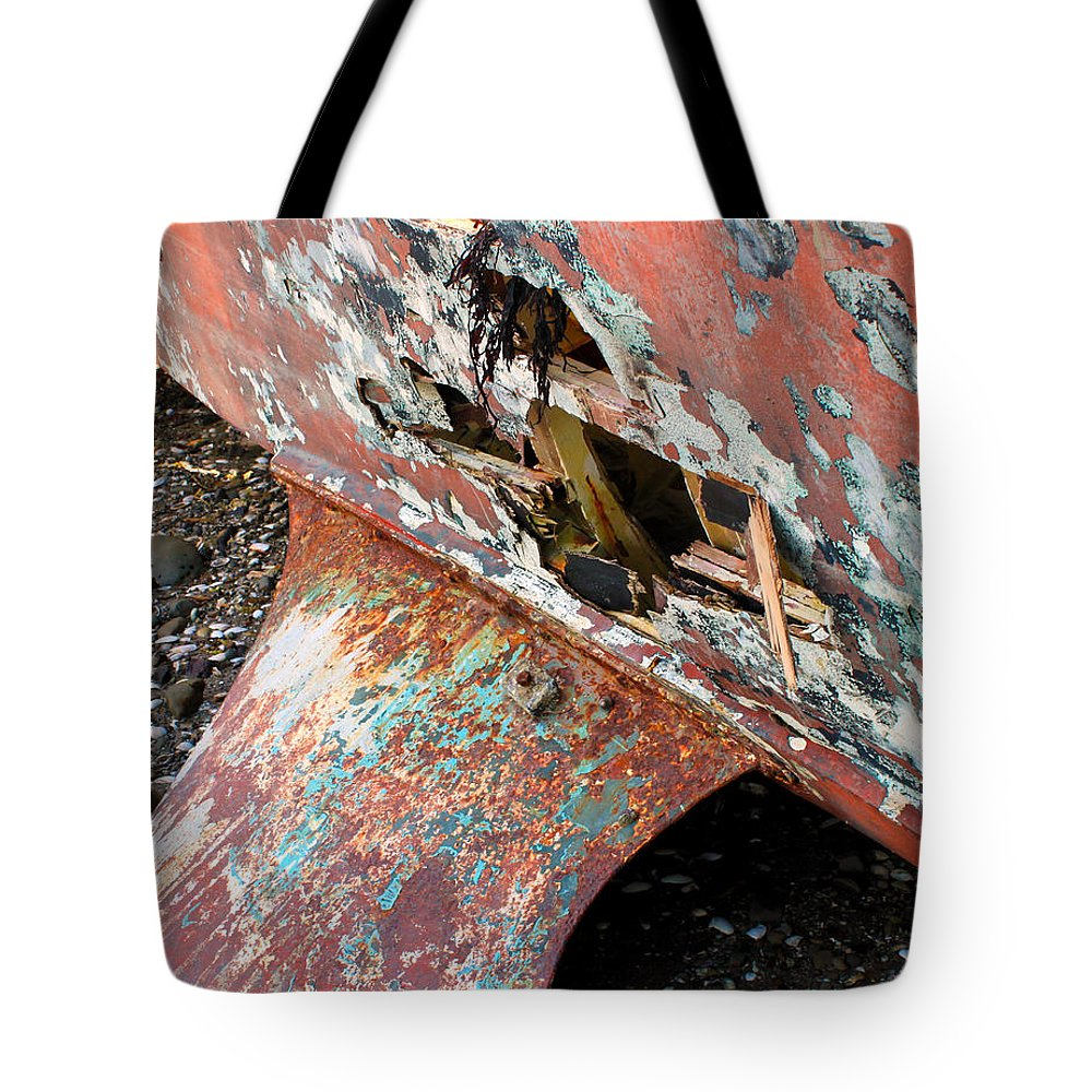 Keel Tote Bag featuring the photograph All Washed Up by Gee Lyon