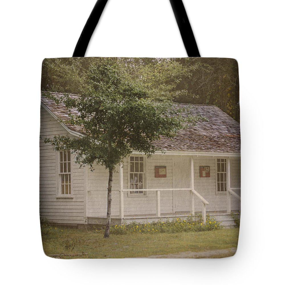 Vintage Tote Bag featuring the photograph Along The Country Road by Judy Hall-Folde