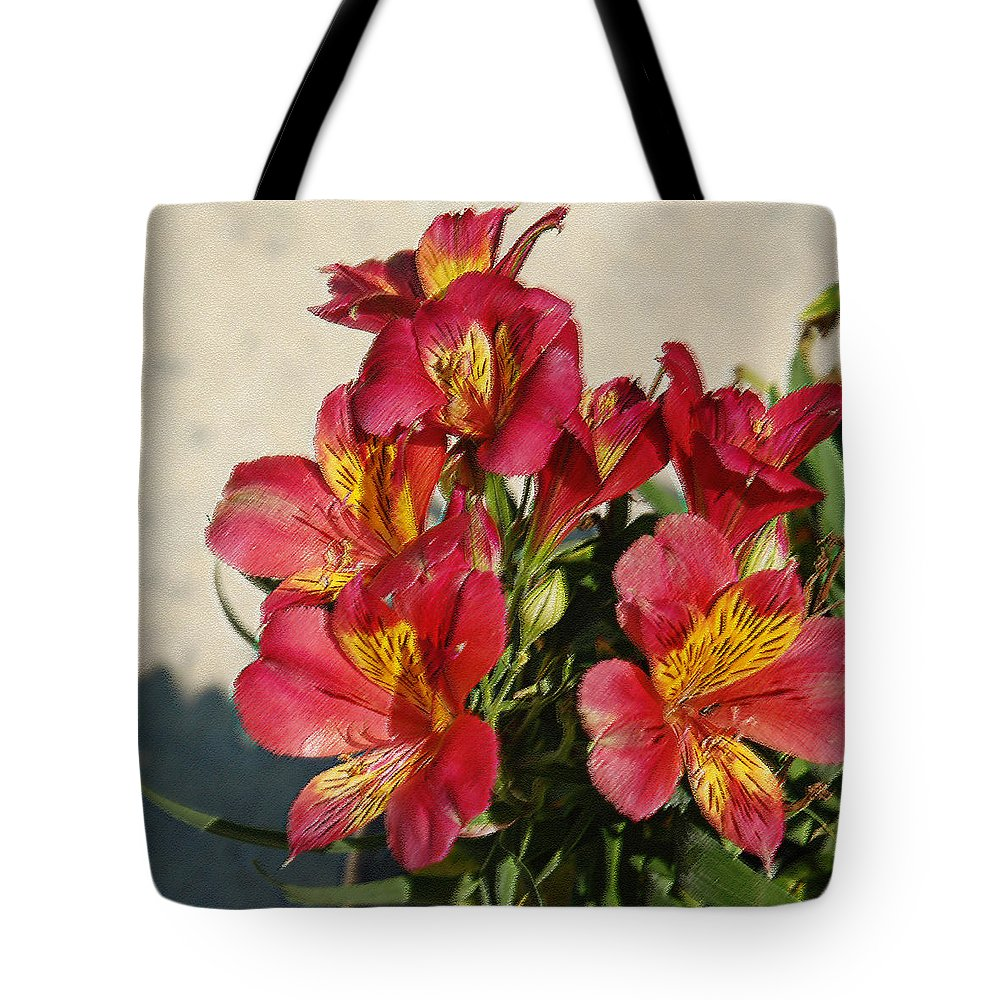 Alstroemeria Tote Bag featuring the photograph Alstroemeria In Pastel by Suzanne Gaff