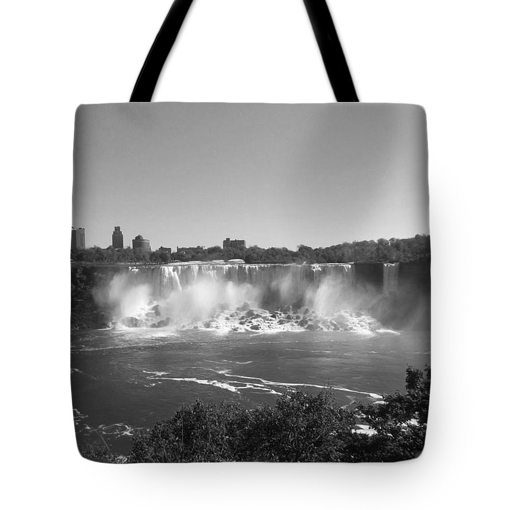 American Falls Tote Bag featuring the photograph American Falls - Autumn - B N W by Richard Andrews