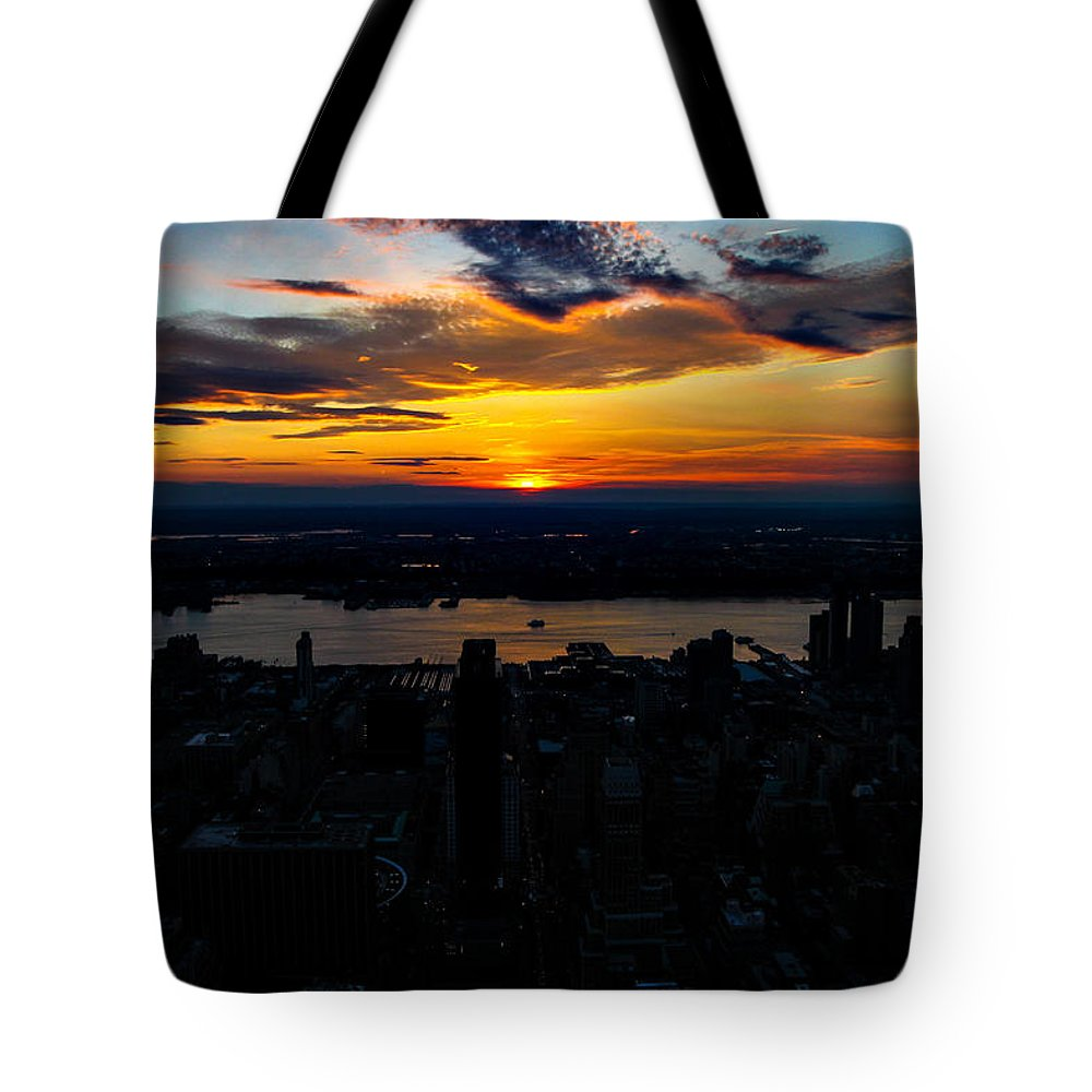 New York Architecture Tote Bag featuring the photograph An Empire Sunset by Digital Kulprits