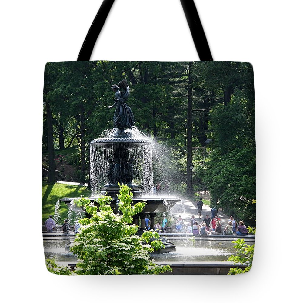 Angel Fountain Tote Bag featuring the photograph Angel Fountain Nyc by Christiane Schulze Art And Photography