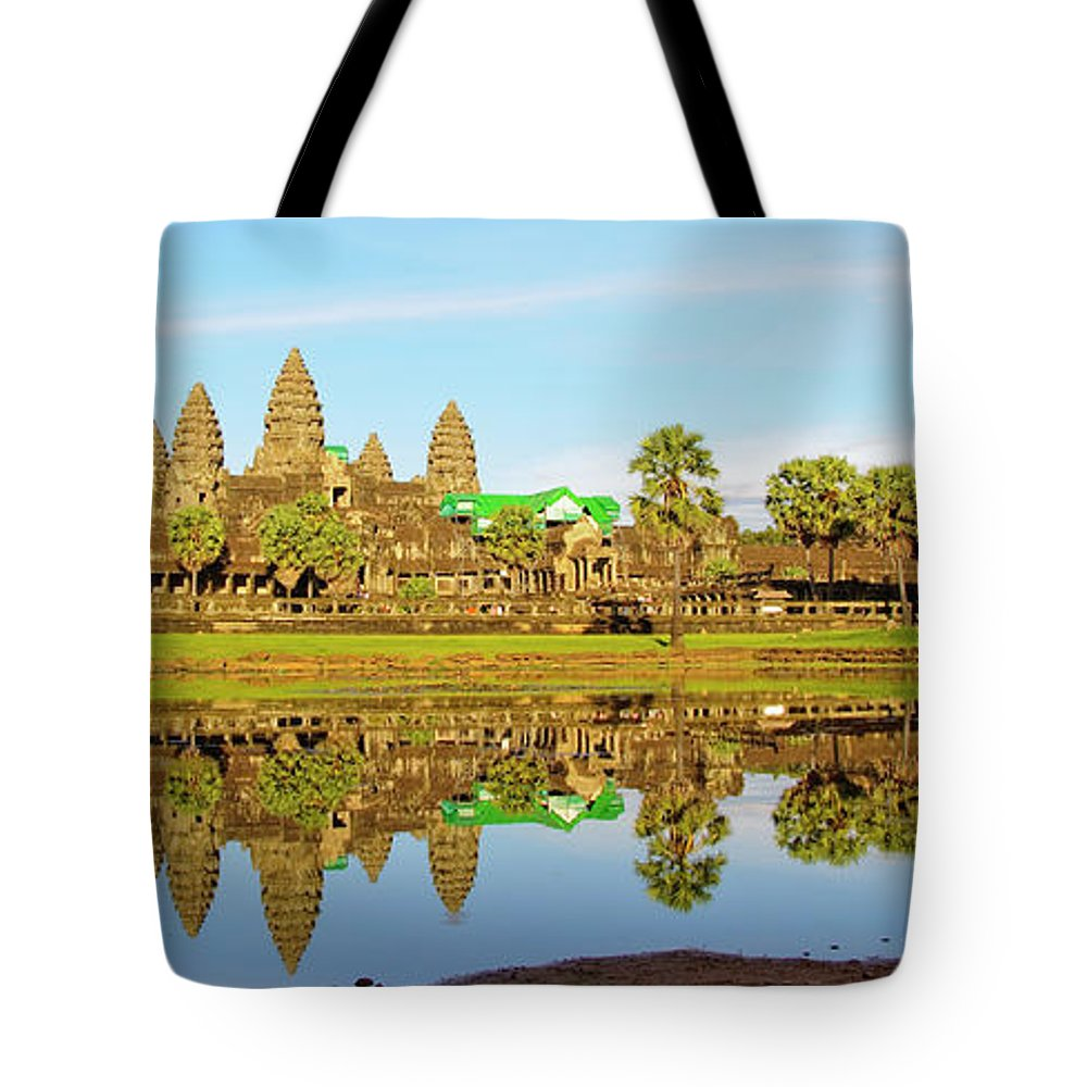 Tranquility Tote Bag featuring the photograph Angkor Wat by Photo By Ramón M. Covelo