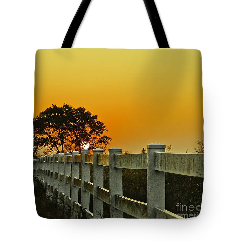 Landscape Tote Bag featuring the photograph Another Tequila Sunrise by Robert Frederick